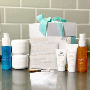 Spa in a Box - Anti-Aging Vitamin C Facial